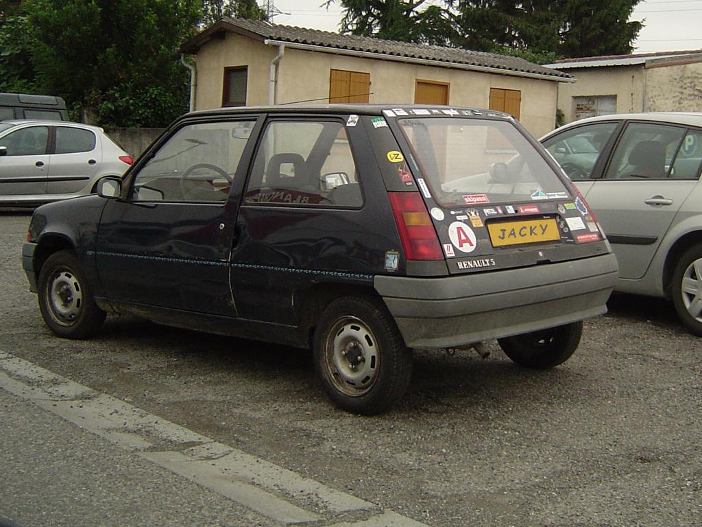 Diginpix entity renault super 5 for Renault super 5 interieur